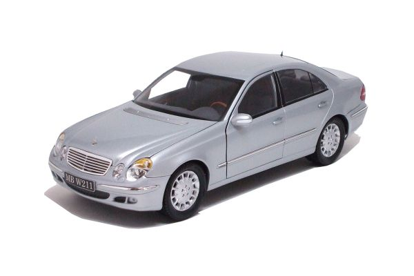 KYOSHO 1/18scale Mercedes E-Crass (W211) Iridium Silver [No.K09002SI]