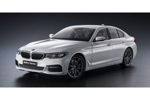 KYOSHO ORIGINAL 1/18scale BMW 5 Series (G30) Mineral White  [No.KS08941W]