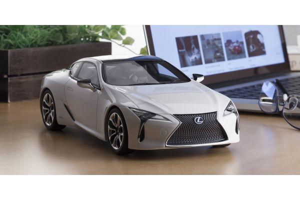 SAMURAI 1/18scale Lexus LC 500h White Nova Glass Flake  [No.KSR18024W]