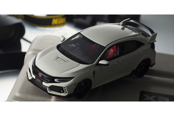SAMURAI 1/18scale Honda Civic Type R (Championship White) [No.KSR18029W]