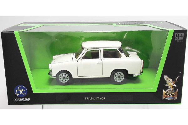 LUCKY DIE CAST 1/24scale Trabant 601 WHITE [No.LUC24216W]