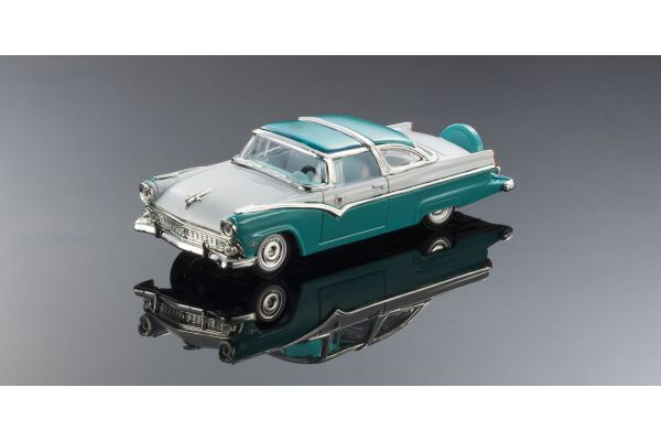 LUCKY DIE CAST 1/43scale 1955 Ford Crown Victoria WHITE/LIGHT GREEN [No.LUC94202WG]