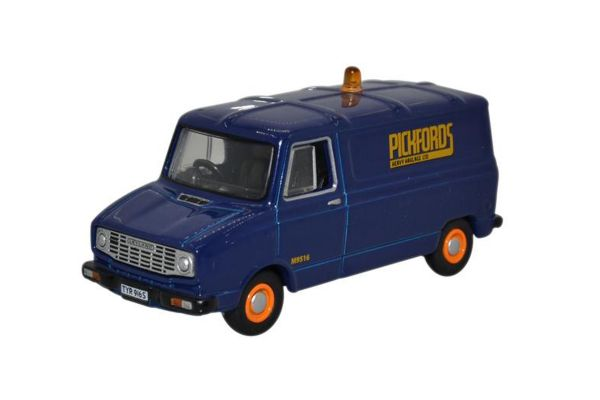 OXFORD 1/76scale Sherpa Van Pickfords Blue  [No.OX76SHP004]