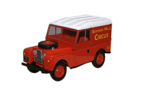 OXFORD 1/43scale Land Rover Series 1 Bertram Mills 88inch Red  [No.OXLAN18817]