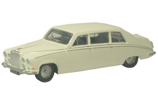 OXFORD 1/148scale Daimler DS420 Old English White  [No.OXNDS001]
