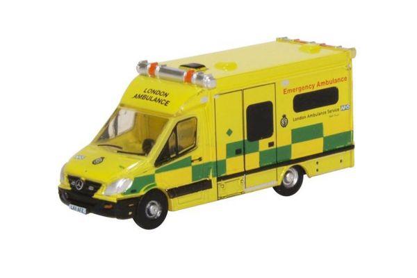 OXFORD 1/148scale Mercedes Ambulance London  [No.OXNMA002]