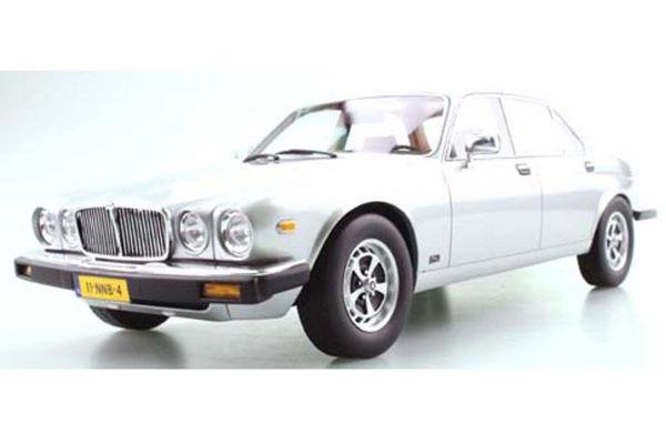 TOPMARQUES 1/18scale Jaguar XJ6 1982 (Silver)  [No.TOPLS025D]